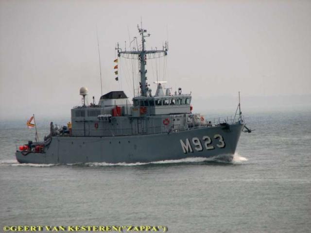 M923 Narcis 51267611