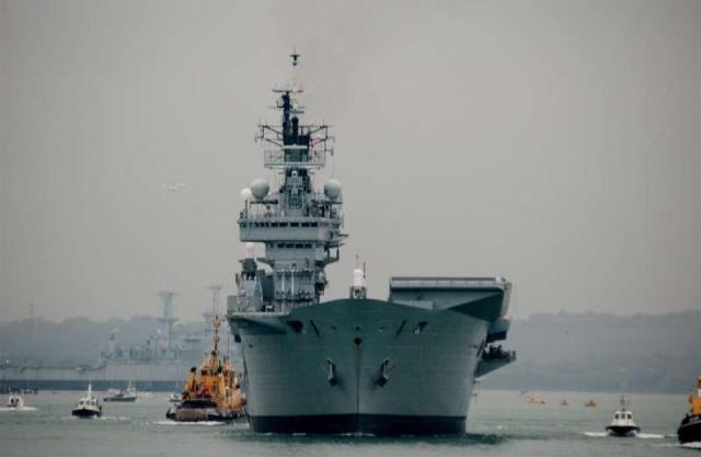 Aircraft Carriers (HMS Ark Royal & HMS Illustrious) 51618510