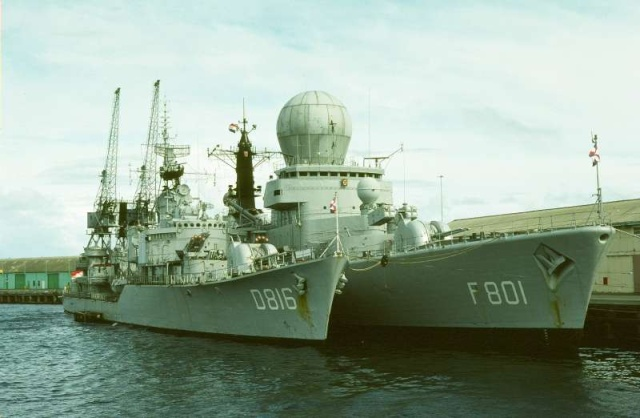 Tromp class frigates (air defense and command) 51998410