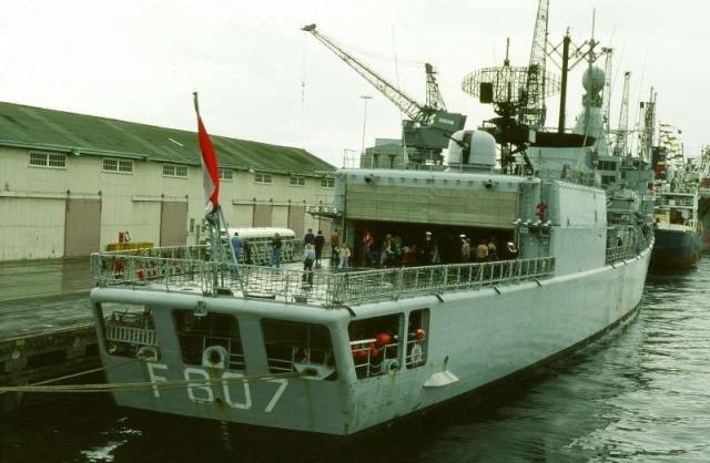 Standaardfregatten (Kortenaer class frigates) 51998810