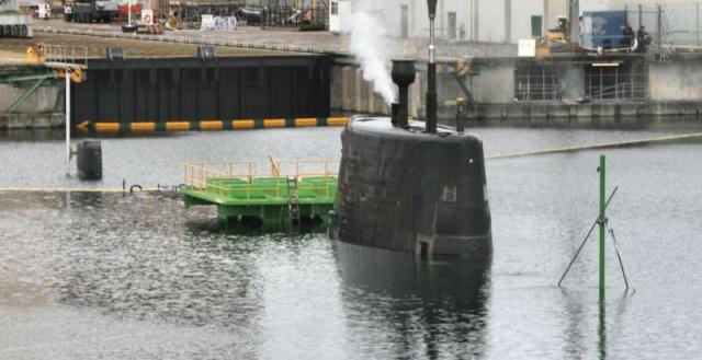 Trafalgar & Astute Class Submarine (SSN Fleet Submarines) 52571910