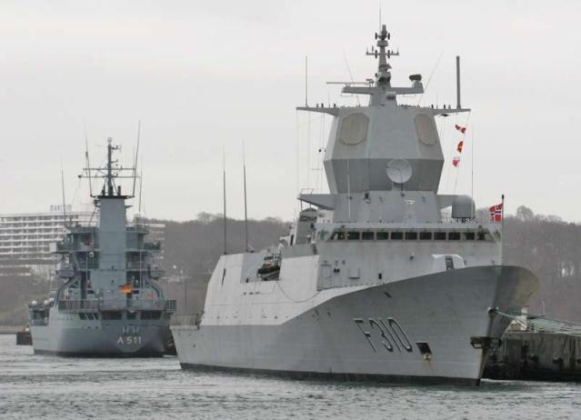 Marine norvégienne - Norwegian Navy - Page 3 57299710
