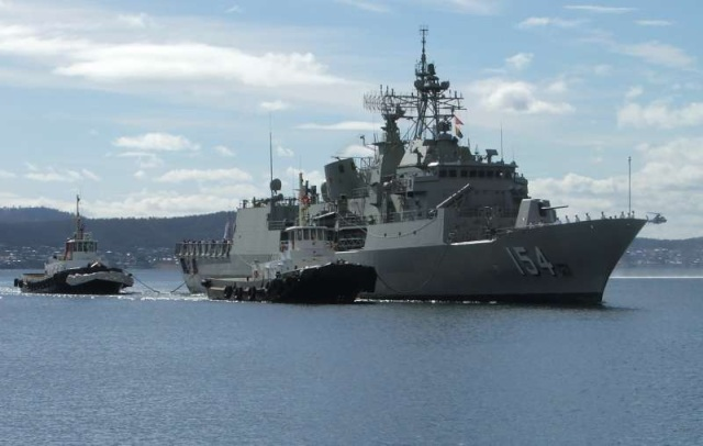 Australian Navy - Marine Australienne - Page 2 58063610