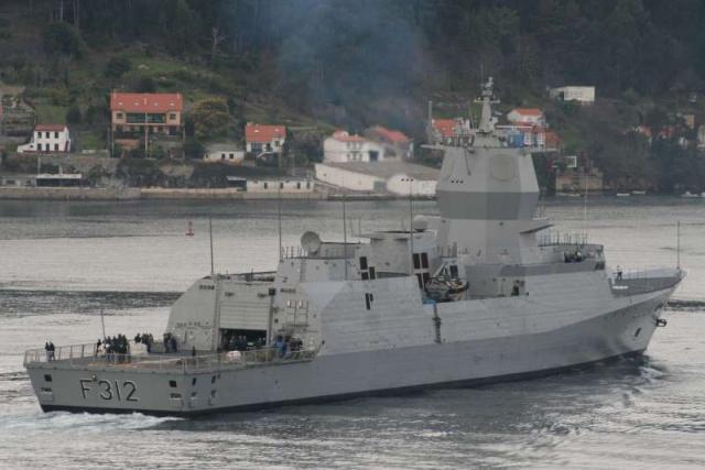 Marine norvégienne - Norwegian Navy - Page 4 58727910