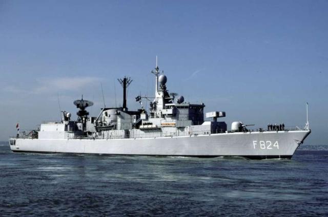 Standaardfregatten (Kortenaer class frigates) 7283210