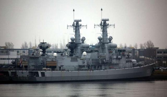 M-klasse fregatten (Karel Doorman M-class frigates) - Page 2 84559010