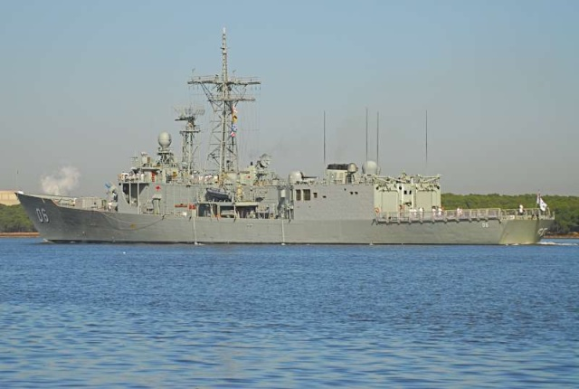 Australian Navy - Marine Australienne - Page 3 87884410
