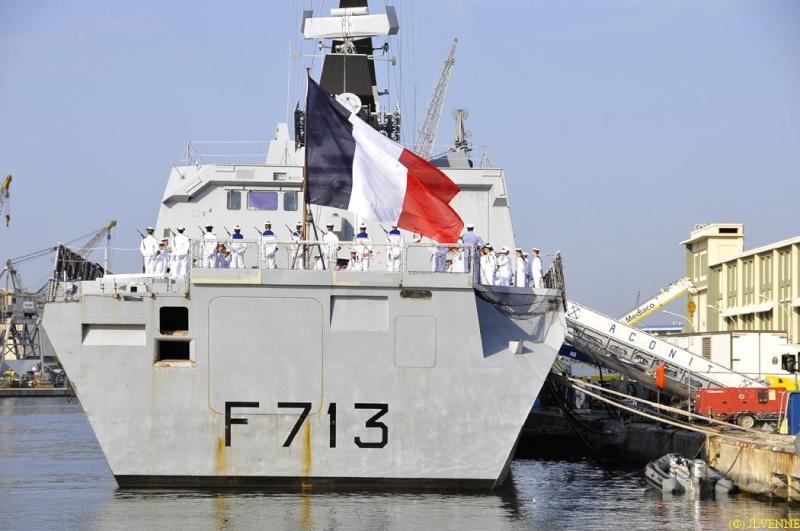 Les news en images du port de TOULON - Page 36 Aconit11