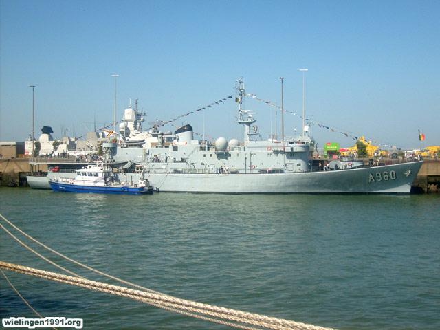 Voici mes photos des navires Base_017