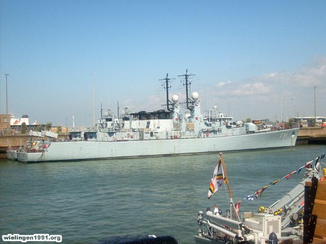 Voici mes photos des navires Base_018