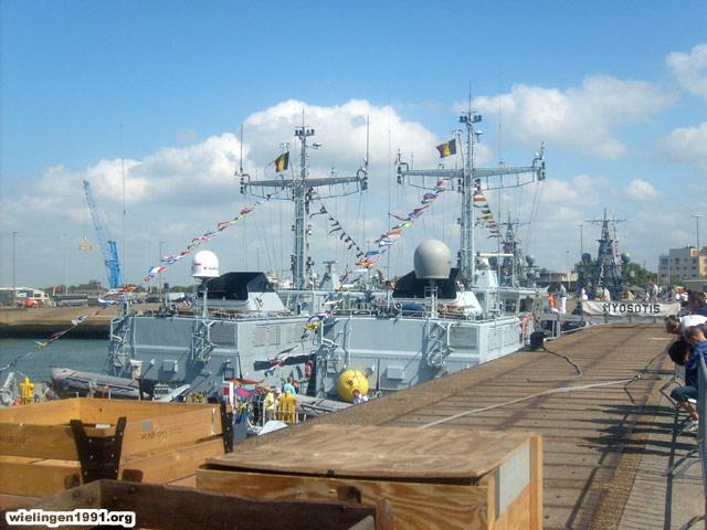 Voici mes photos des navires Base_019