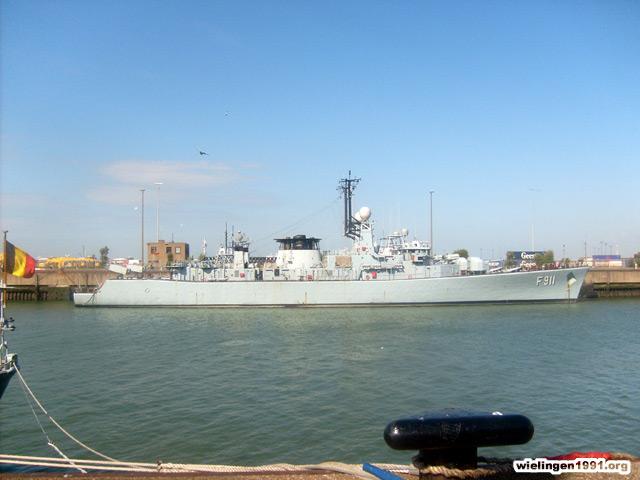 Voici mes photos des navires Base_021