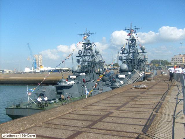 Voici mes photos des navires Base_022