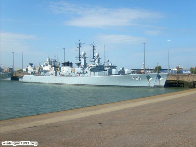 Voici mes photos des navires Base_115