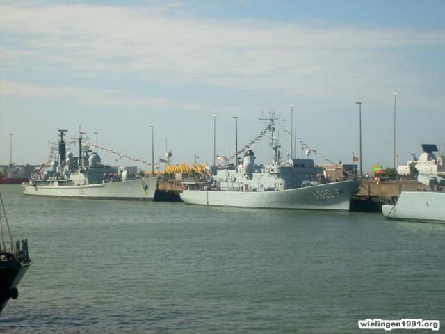 Voici mes photos des navires Base_116
