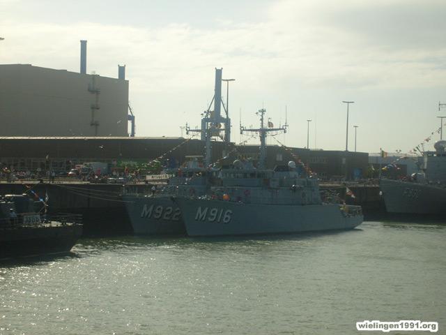 Voici mes photos des navires Base_121
