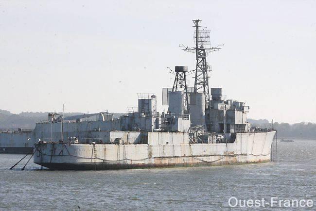 Gand, chantier de démolition naval international ? - Page 3 Bouvet10