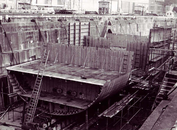 Les photos de la construction du F911 Westdiep F911_w14