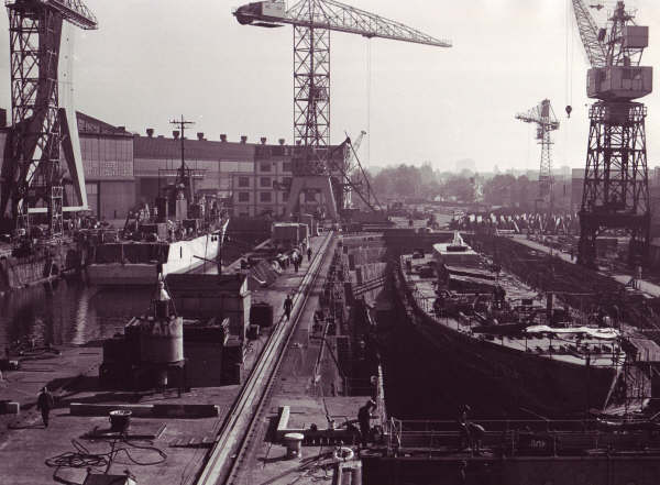 Les photos de la construction du F911 Westdiep - Page 5 F911_w75