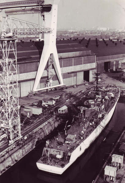 Les photos de la construction du F911 Westdiep - Page 5 F911_w80