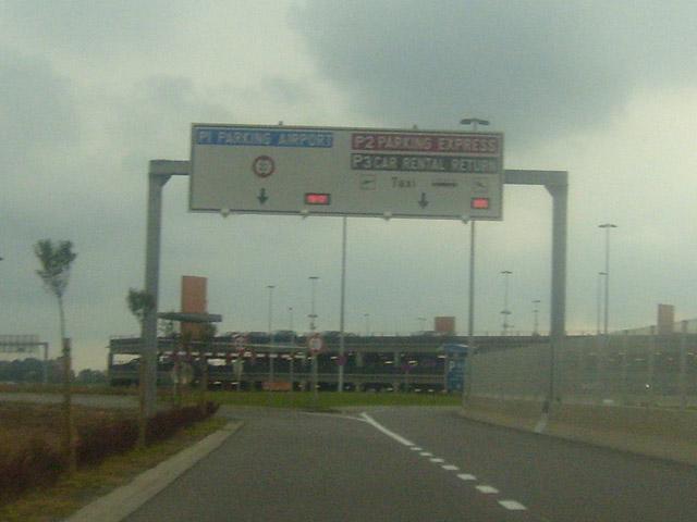 Repérage à l'aéroport de Gosselies Gos_0910