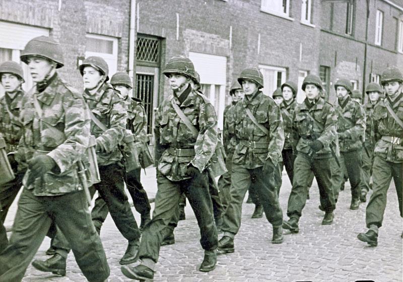 Sint-Kruis dans les années 60...   Jp_0210
