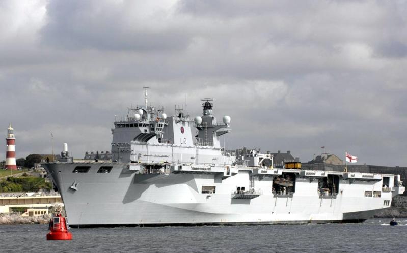 Helicopter carrier HMS Ocean (L12) Ocean110