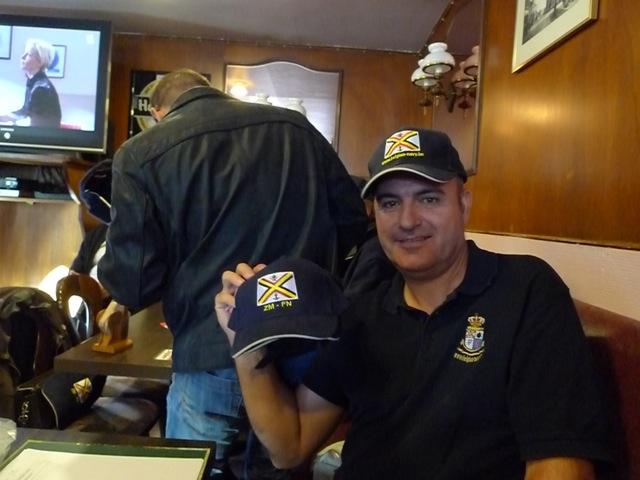 Remise des casquettes au Big Ben le 15.10.11 P1030511