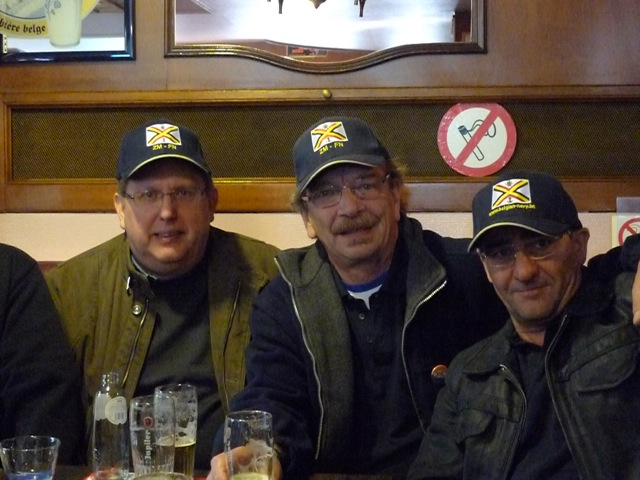 Remise des casquettes au Big Ben le 15.10.11 P1030516
