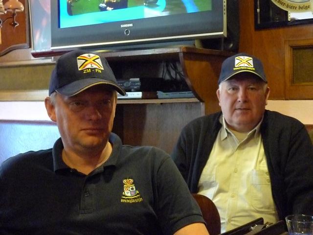 Remise des casquettes au Big Ben le 15.10.11 P1030517