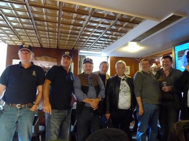 Remise des casquettes au Big Ben le 15.10.11 P1030520