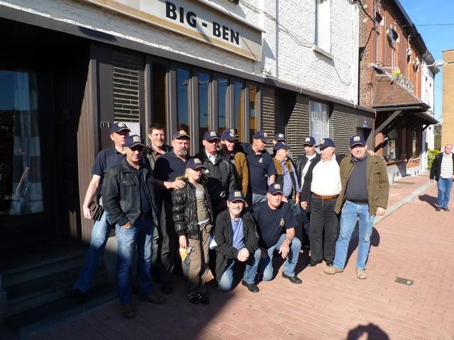 Remise des casquettes au Big Ben le 15.10.11 P1030524