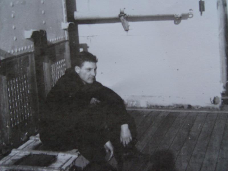 M/F 904 Debrouwer (ex HMS Spanker) - Page 3 Sur-le13