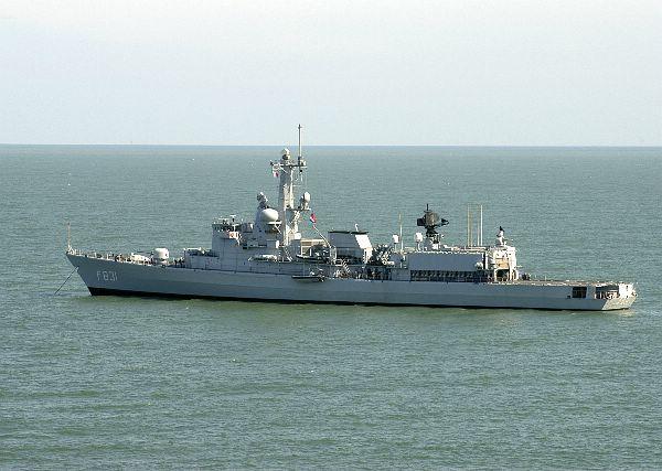 M-klasse fregatten (Karel Doorman M-class frigates) - Page 2 Web_0510