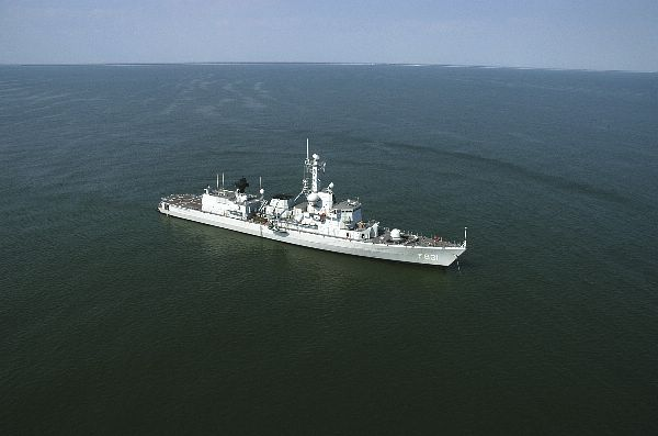M-klasse fregatten (Karel Doorman M-class frigates) - Page 2 Web_0511