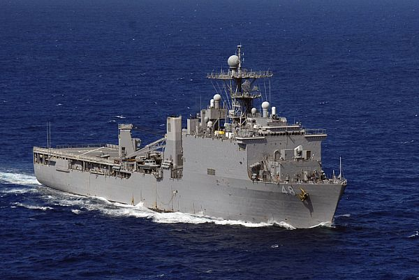 Amphibious assault ship (LHA - LHD - LPD) Web_0810