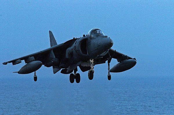 Navy Aircraft : F18 Hornet & Super Hornet - E-2 Hawkeye ... Web_0840