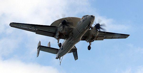 Navy Aircraft : F18 Hornet & Super Hornet - E-2 Hawkeye ... Web_0874