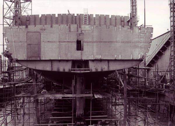 Construction, baptême et lancement du F910 Wielin23
