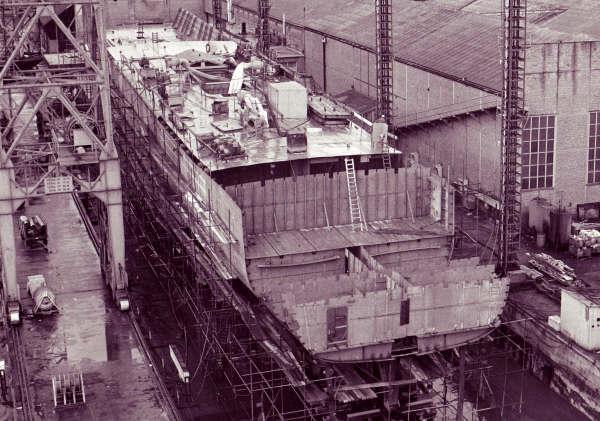 Construction, baptême et lancement du F910 Wielin24