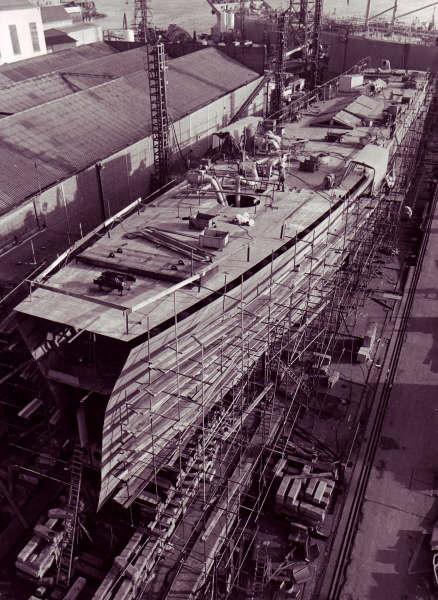Construction, baptême et lancement du F910 Wielin25