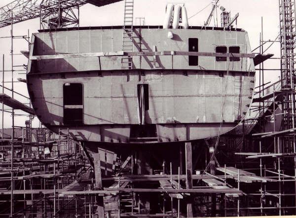 Construction, baptême et lancement du F910 Wielin27