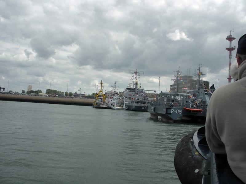 Portes ouvertes 2011 - Navy Days Zeebrugge 2011   - Page 27 Zeebru76