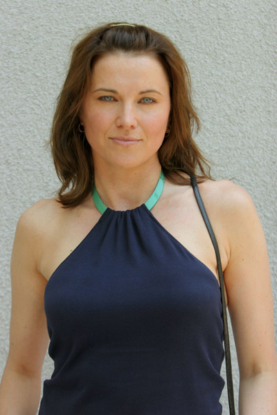 Blonde ou brune (Lucy Lawless) - Page 4 Lucy10