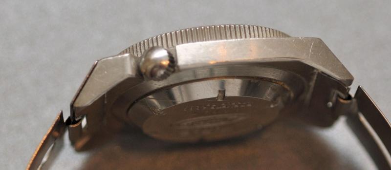 Enicar - Un post qui référence les montres de brocante... tome I - Page 38 Dsc_0610