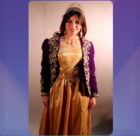 8af88b986c018 العرس الجزائري و أزياء العروس ليلة الحنة و الزفاف 61010