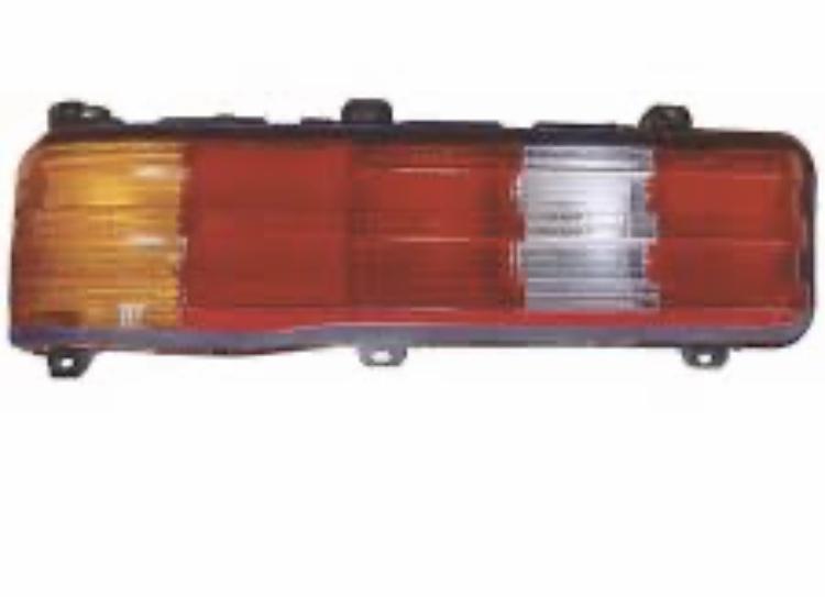 [Trouvés] optique arrière W123 berline neufs A4f57510