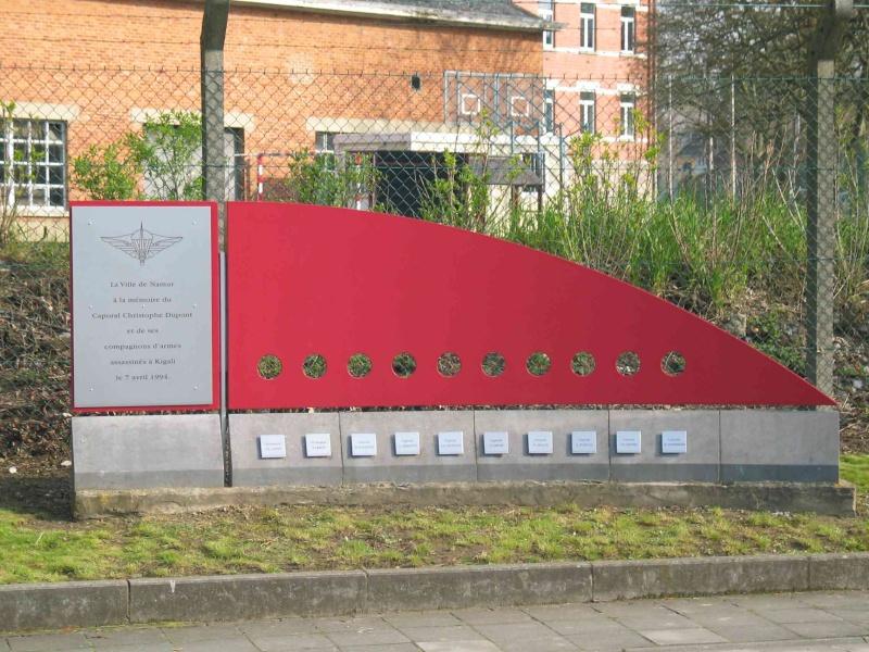hommage aus commandos belge au rwanda 110