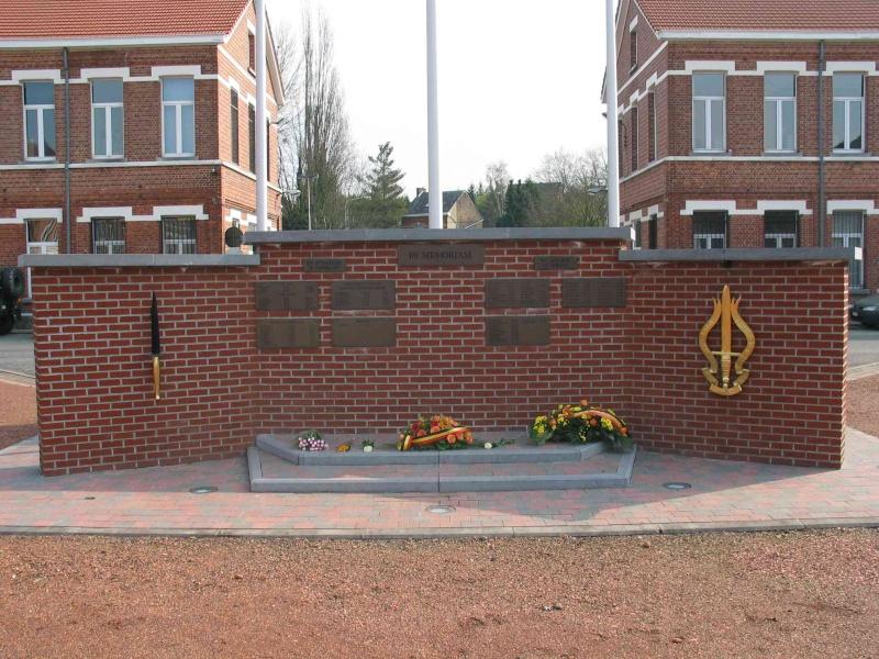 hommage aus commandos belge au rwanda 1510