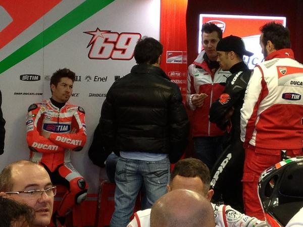 MOTO GP 2013 les résultats, les news et les liens - Page 2 A7klfw10